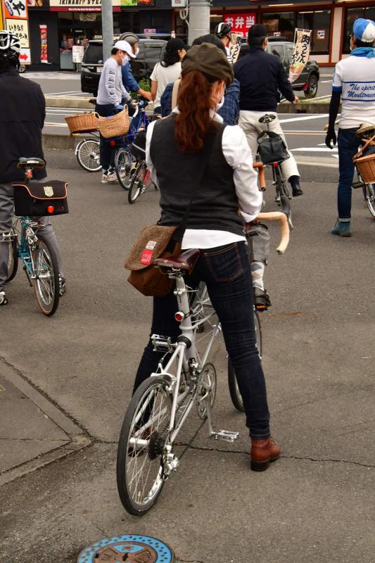 Moulton Sunday Ride in Wakui museum 続き_b0223512_14444547.jpg