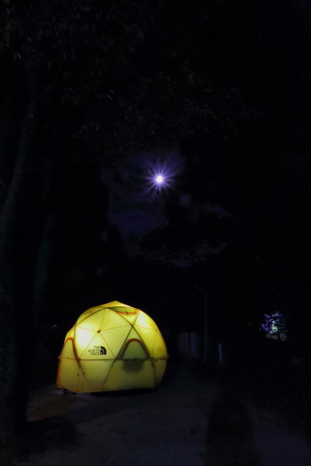 ジオドームという美しいテント_b0078651_20373913.jpg