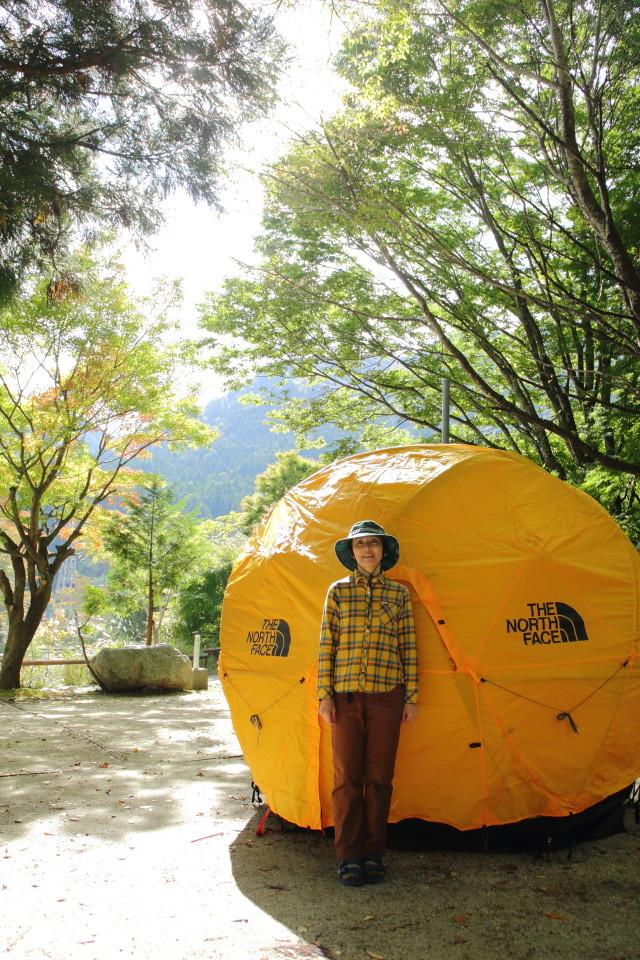 ジオドームという美しいテント_b0078651_21032210.jpg
