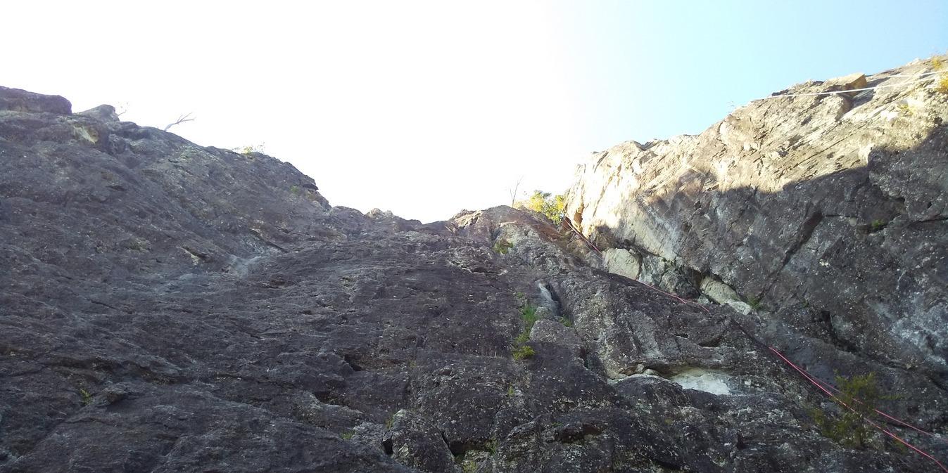 不動岩東稜紺碧の空でのクライミング_b0227552_22170056.jpg