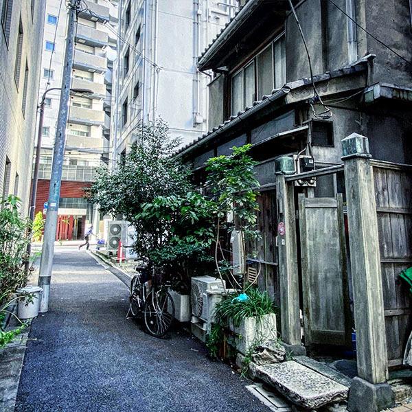 千代田区神田神保町 / iPhone 11_c0334533_17564324.jpg