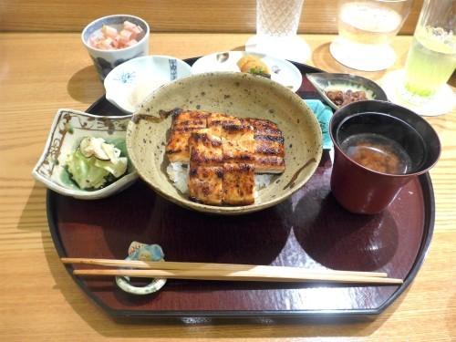 表参道「日本料理 太月」へ行く。_f0232060_00282650.jpg