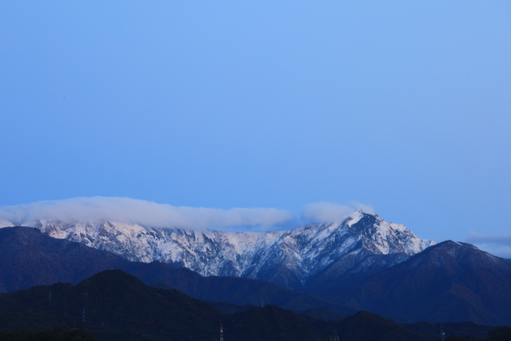 冠雪の谷川岳_b0062024_07441527.jpg