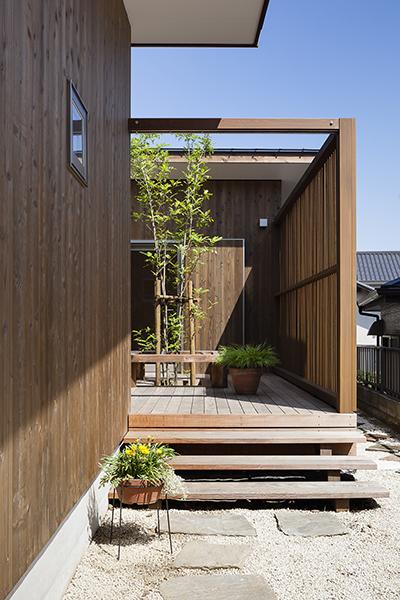 「庭を楽しむシェアハウス」おうち時間で作ってくれたもの_f0170331_20005884.jpg