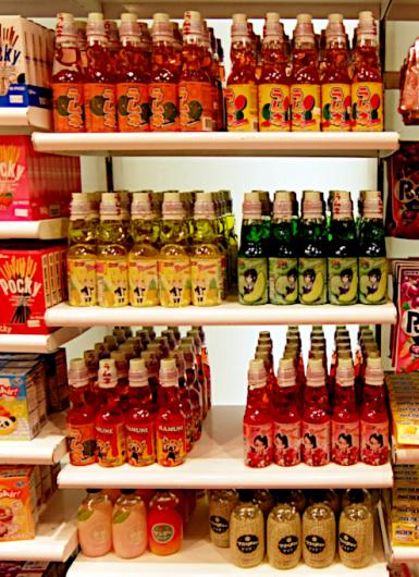 米国のお菓子専門店(It\'s Sugar)に日本のお菓子コーナー_b0007805_22580312.jpg