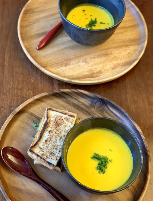 トマトパン粥 など 朝食写真_e0178312_03030948.jpeg