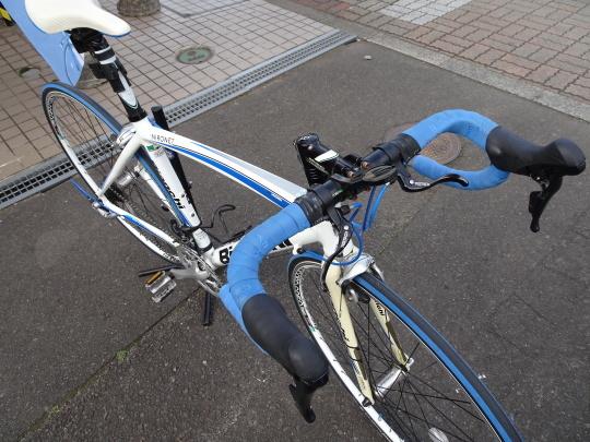 ビアンキ ユーズド ロードバイク!!_e0140354_10192787.jpg