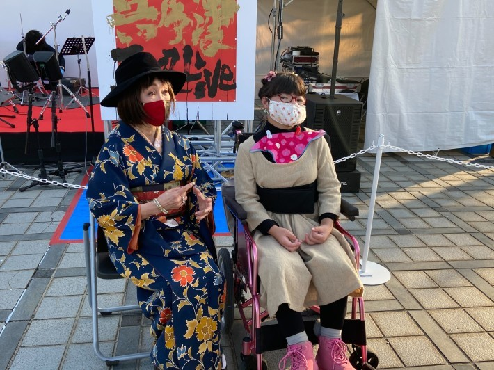 神戸から、秋晴れの下で「兵庫津Jazz Live」_a0098174_23372723.jpg