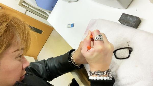 タケオ社長のDAKARA金栄堂 Youtube編 Rayban(レイバン)プラスチックメガネフレームRX5291Dのノーズパッドの改良_c0003493_21122735.jpg