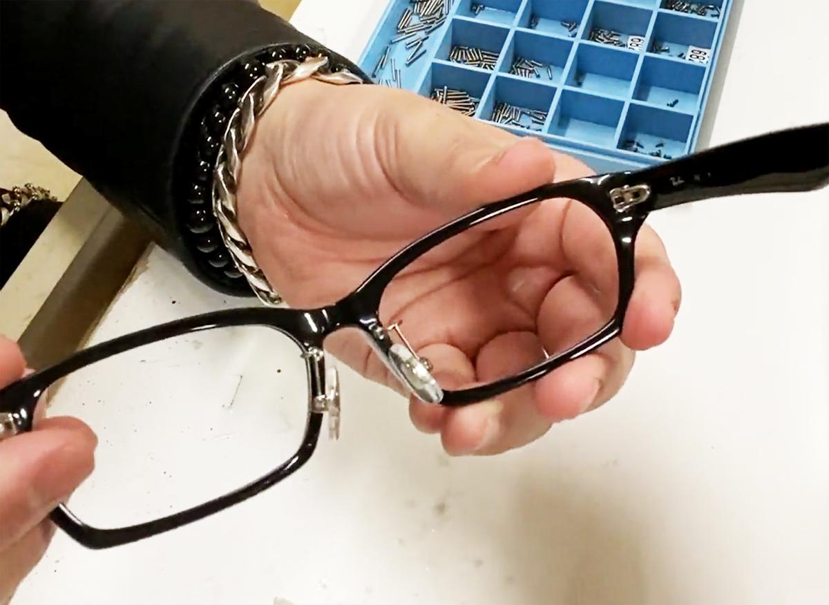 タケオ社長のDAKARA金栄堂 Youtube編 Rayban(レイバン)プラスチックメガネフレームRX5291Dのノーズパッドの改良_c0003493_21123689.jpg