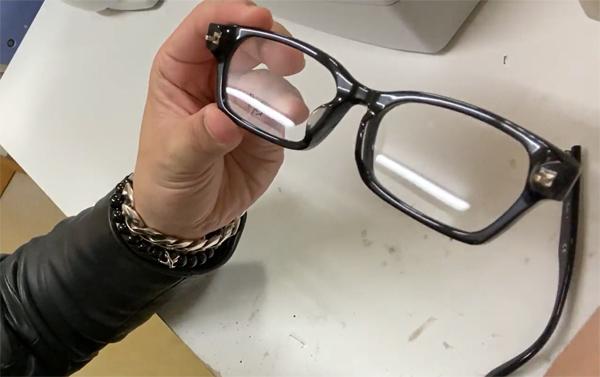 タケオ社長のDAKARA金栄堂 Youtube編 Rayban(レイバン)プラスチックメガネフレームRX5291Dのノーズパッドの改良_c0003493_21123696.jpg
