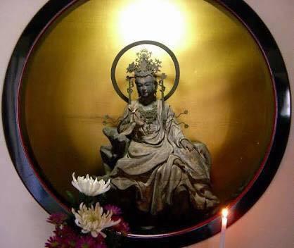 3年前の鎌倉の思い出 -東慶寺の水月観音、海蔵寺の底抜けの井ー_a0020162_10291767.jpg