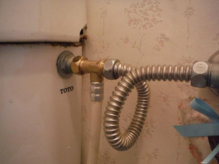 暖房温水洗浄便座取替 ~ 壊れてしまいました。_d0165368_07115978.jpg