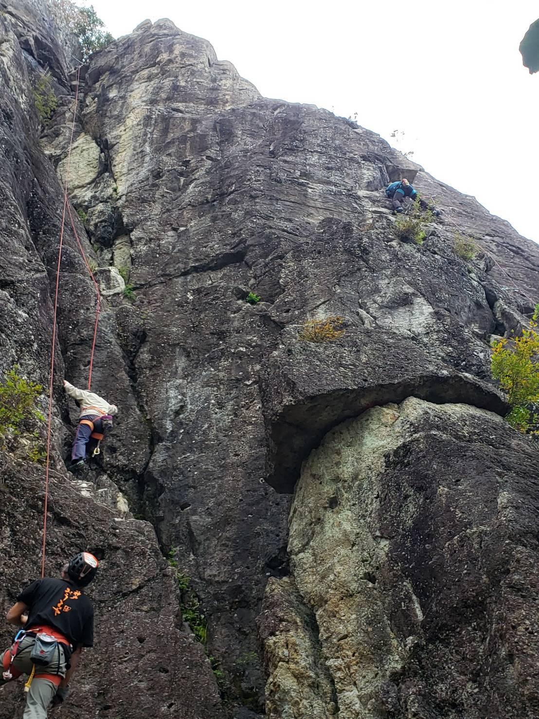 不動岩クライミング 東壁と東稜_b0227552_21491046.jpg