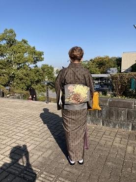 着物で県立近代美術館へ_d0043390_21350243.jpg