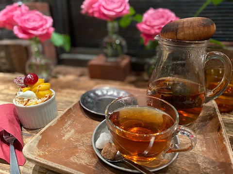 THÉ À LA ROSE : バラの紅茶_f0038600_20023629.jpg