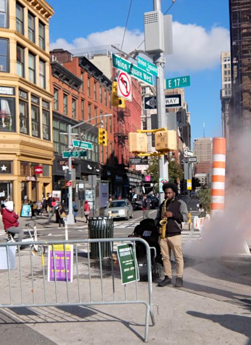 ジャズの流れるニューヨークの街角風景_b0007805_22195773.jpg