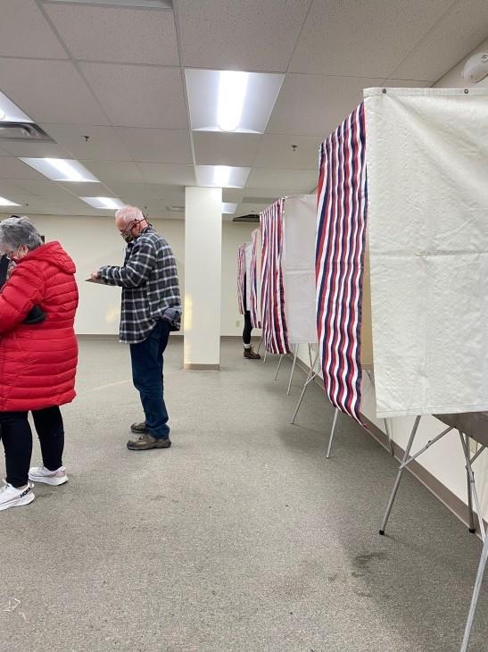 アメリカ大統領選挙 投票に行ってきた~!_b0135948_09375093.jpg