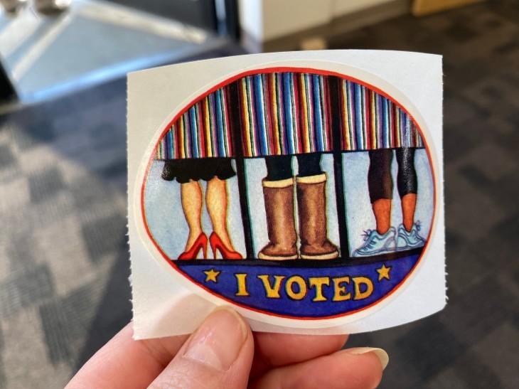 アメリカ大統領選挙 投票に行ってきた~!_b0135948_09395401.jpg