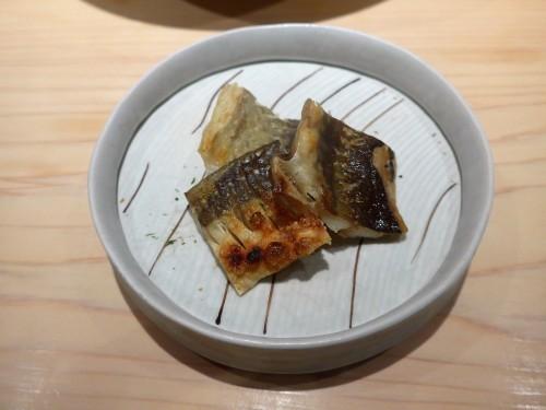 渋谷「熟成鮨 万」へ行く。_f0232060_11330380.jpg
