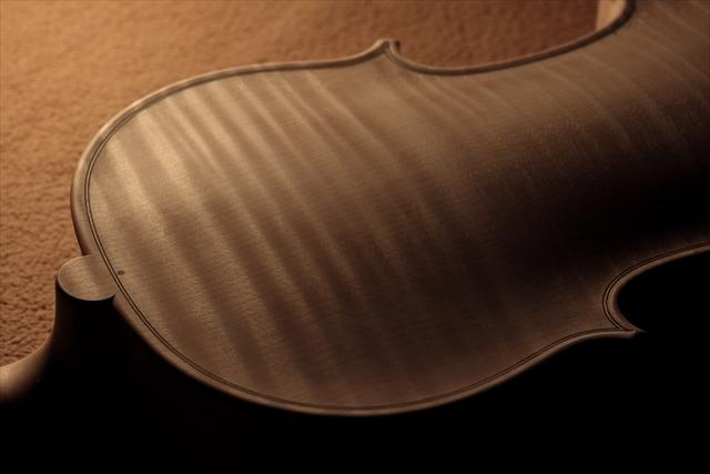 ホワイトヴァイオリン クレモネーゼモデルのご紹介_d0047461_14060819.jpg