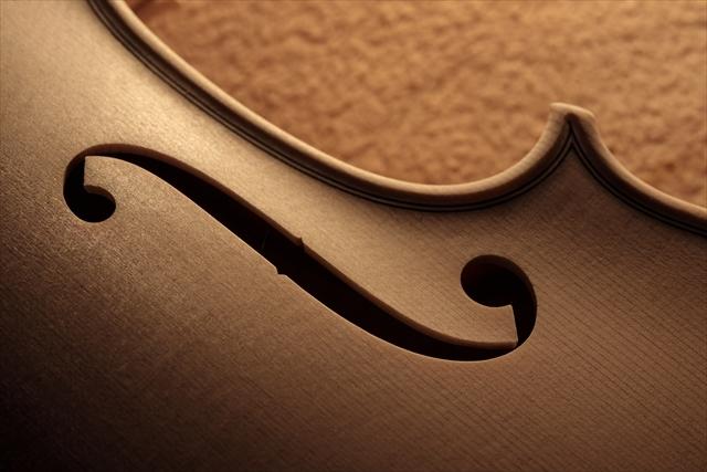 ホワイトヴァイオリン クレモネーゼモデルのご紹介_d0047461_14071586.jpg