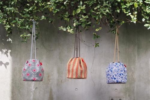 新作「kinchaku bag」できました_e0243765_17452210.jpg