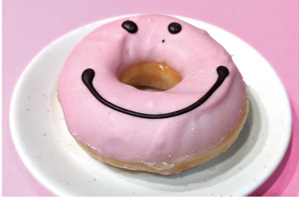 【期間限定】クリスピー・クリーム・ドーナツ、11月上旬の限定ドーナツ【みんなかわいいスマイル】_d0272182_17510930.jpg