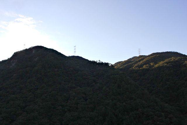 熊山 竜の岩から反射板コースを登る!の巻_f0325295_16293763.jpg