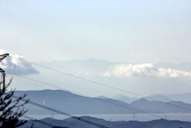 熊山 竜の岩から反射板コースを登る!の巻_f0325295_17164347.jpg
