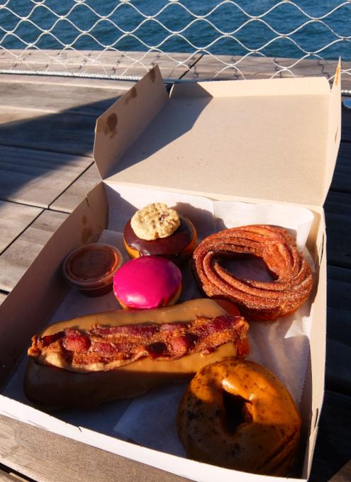 今、ニューヨークで最注目のドーナツ屋さん、 The Doughnut Project_b0007805_23144401.jpg