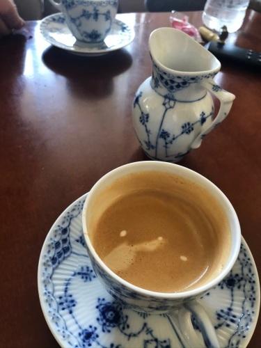お茶の時間_c0177332_06284985.jpeg