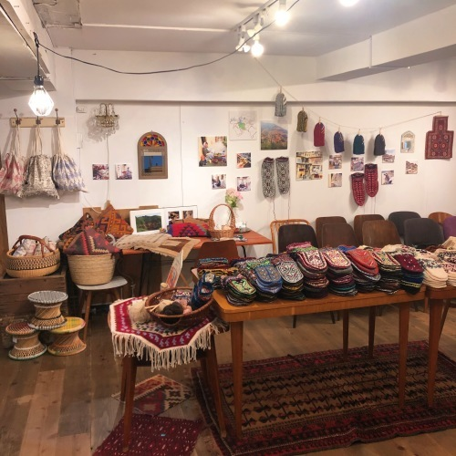 イランのおばあちゃんの手編み靴下展vol.4_d0156336_23251552.jpg