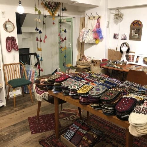 イランのおばあちゃんの手編み靴下展vol.4_d0156336_23254300.jpeg