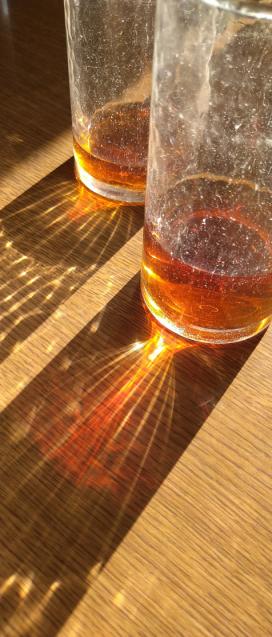 偶然見つけた、綺麗なコップの光線_c0139591_09592022.jpg