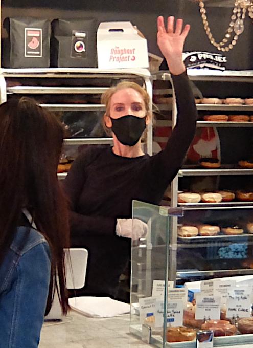 今、ニューヨークで最注目のドーナツ屋さん、 The Doughnut Project_b0007805_01285438.jpg
