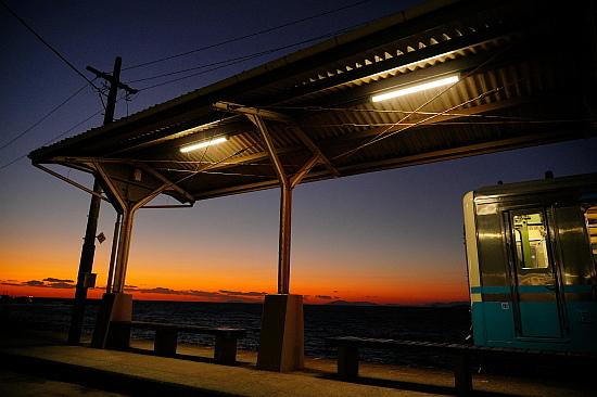 駅を目指して愛媛行き:JR四国 下灘駅(後編)_f0037227_21522493.jpg