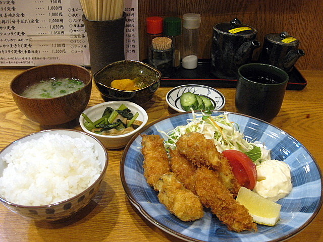 定食屋「きづいち」のカキフライ定食 @西宮北口_a0048918_06255529.jpg
