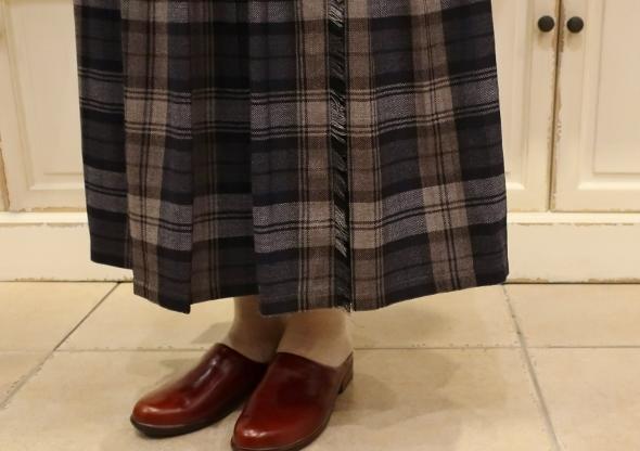 2020年3個ベルトウールキルトスカートです。_c0227633_12025515.jpg