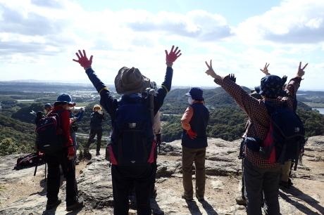 スリル満点 小野アルプス 『紅山』岩登り_c0218841_14393461.jpg