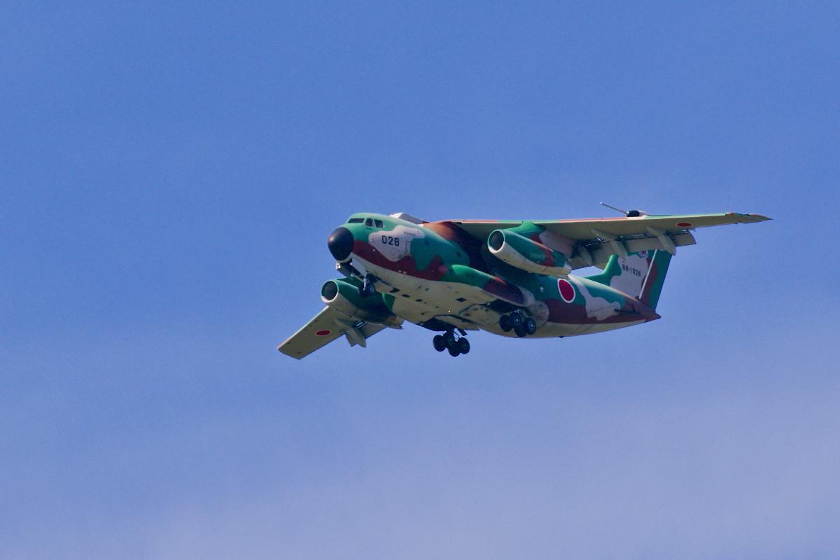 飛行訓練中の自衛隊機_e0071967_14543111.jpg