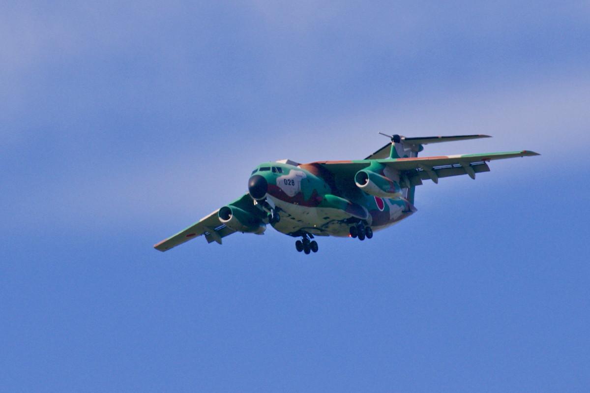 飛行訓練中の自衛隊機_e0071967_14543392.jpg