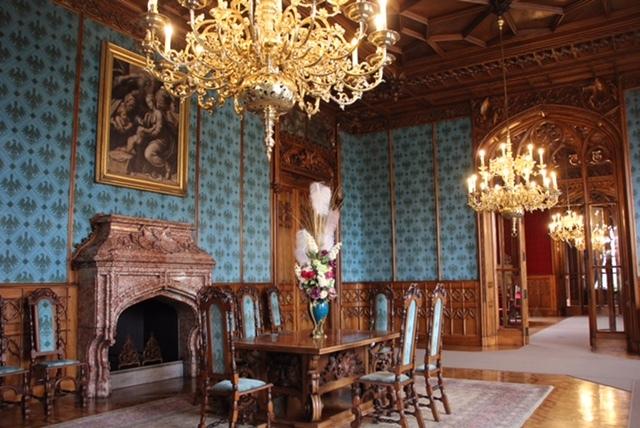 世界遺産レドニツエ城とぶどう畑_f0401091_17443305.jpg
