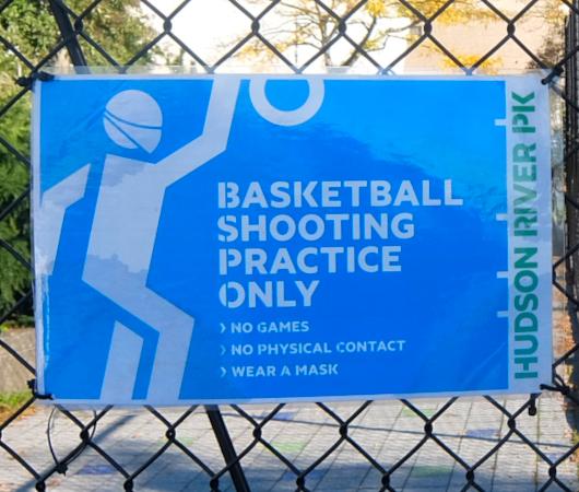 無料で使えるテニスやバスケのコート@ハドソン・リバー・パーク_b0007805_05253178.jpg