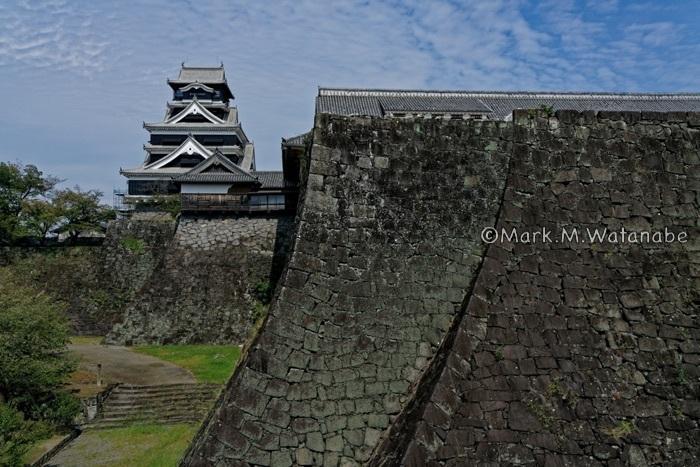 熊本城-二様の石垣(武者返し)_e0135098_00293283.jpg