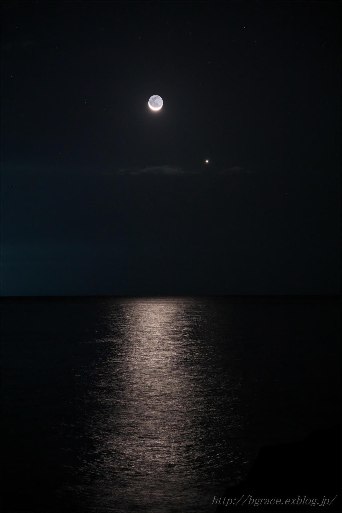 細い月と明けの明星_b0191074_21053720.jpg