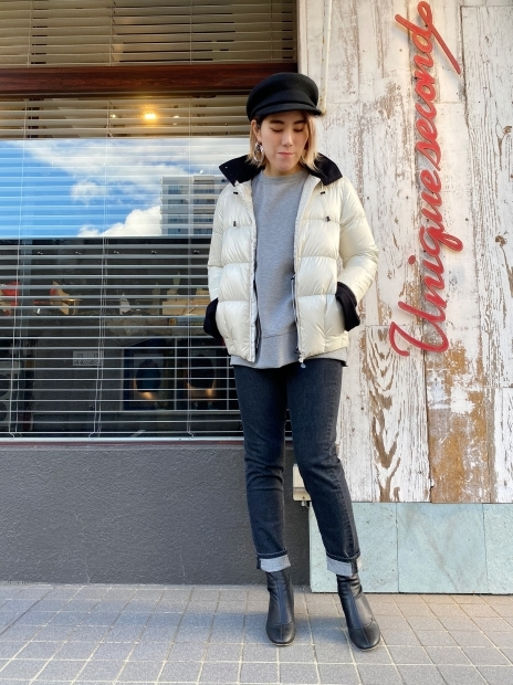 「SNOWMAN NEWYORK(スノーマンニューヨーク)」人気の高いショートダウン「HELLO」入荷です。_c0204280_16373674.jpg
