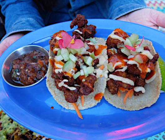 NYで注目のヴィーガン・メキシカン(Vegan Mexican)、ジャジャジャ・プランタス・メキシカーナ(Jajaja Plantas Mexicana)_b0007805_01074364.jpg