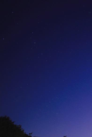 新月。。。 ! !_a0248459_02534621.jpg