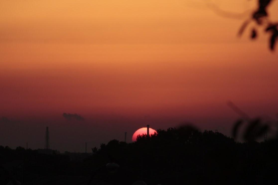 新月。。。 ! !_a0248459_03000154.jpg